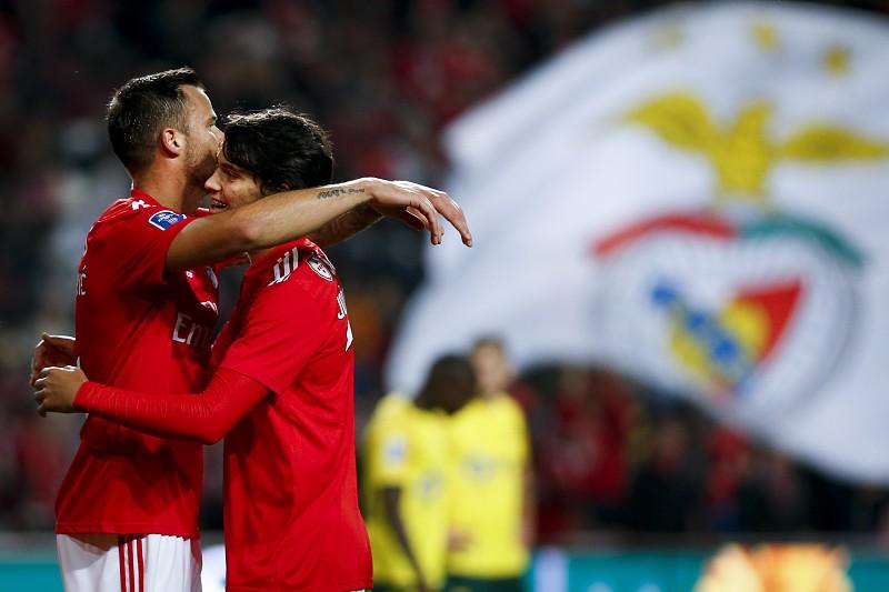 Benfica acerta o 'Paço' na Taça da Liga e ascende à liderança do grupo A