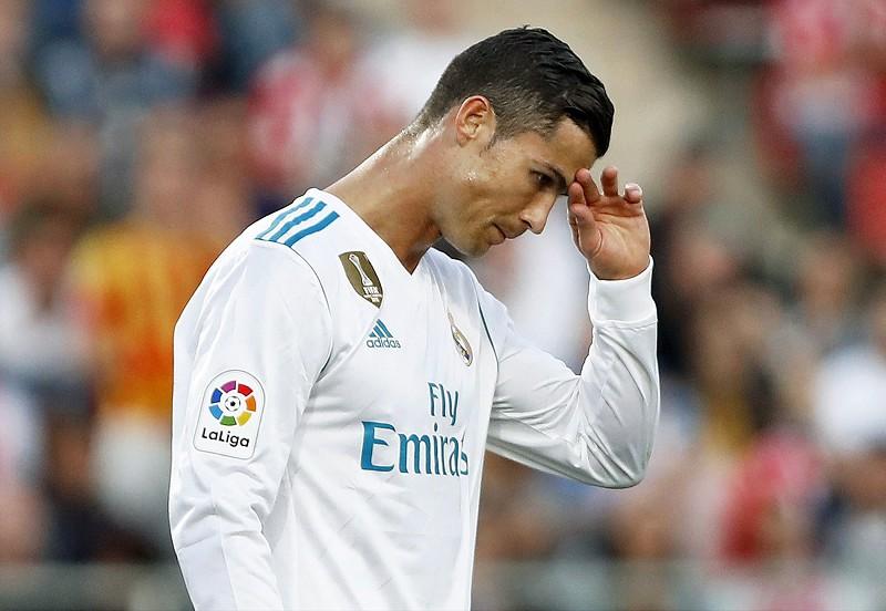 Ronaldo e a saída do Real Madrid  uma novela com fim à vista Cristiano  Ronaldo dc83b0639bd65