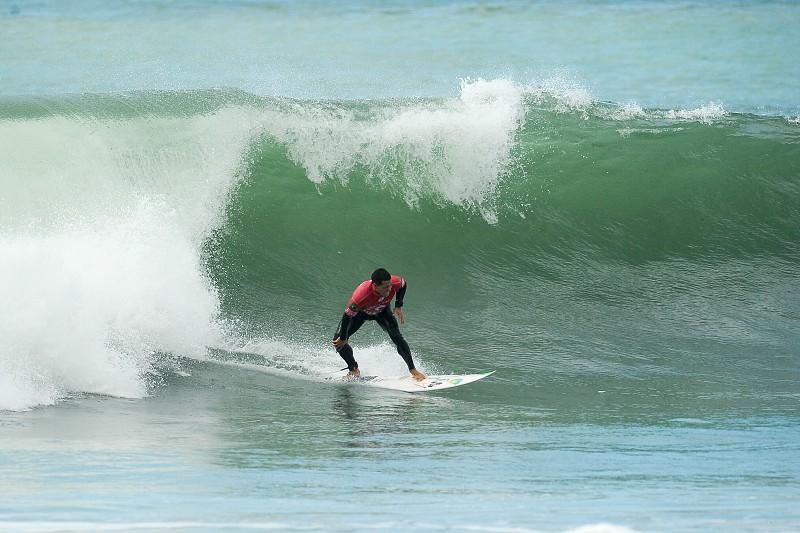 Circuito Mundial De Surf : Etapa em peniche do circuito mundial de surf arrancou às