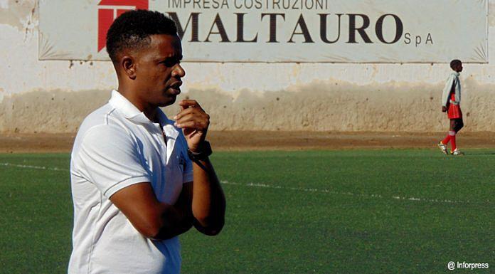 Futebol Cabo Verde  Lito deixa comando técnico da Académica da Praia ... 20a81b7933b87