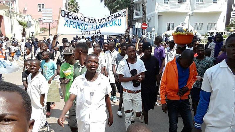 Cinco dezenas de jovens pedem demissão do vice-governador do Uíge