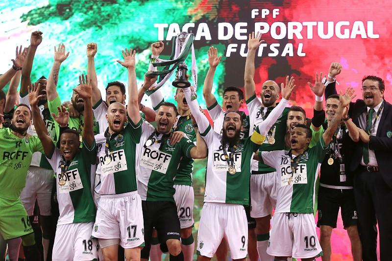 Bicampeão Sporting assegura presença na final do Nacional de futsal ... 5c07534d4ea46