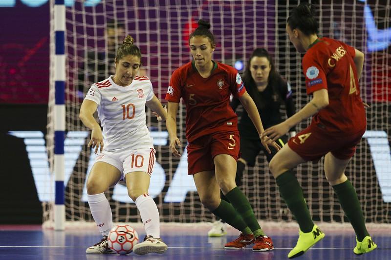 Marcelo expressa orgulho na seleção feminina de futsal e felicita  vice-campeãs 68bb89dcc5d0a