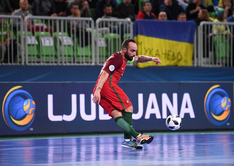 Ricardinho eleito Melhor Jogador do Mundo de Futsal pela 6.ª vez. Portugal 375ff389b2019