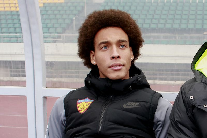 Axel Witsel • STR / AFP