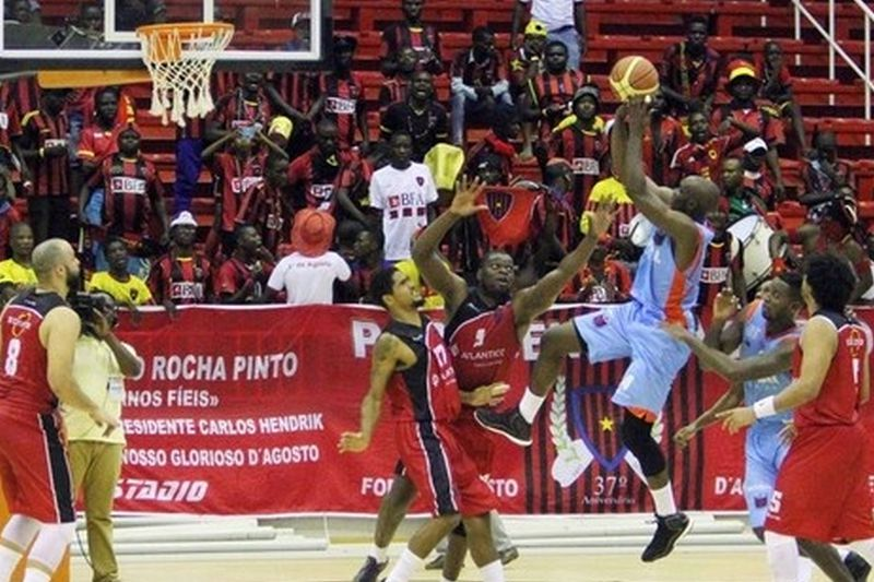 Recreativo do Libolo venceu 1º de Agosto na final da Taça de Angola • Recreativo do Libolo venceu 1º de Agosto na final da Taça de Angola. • Henri Celso/Angop