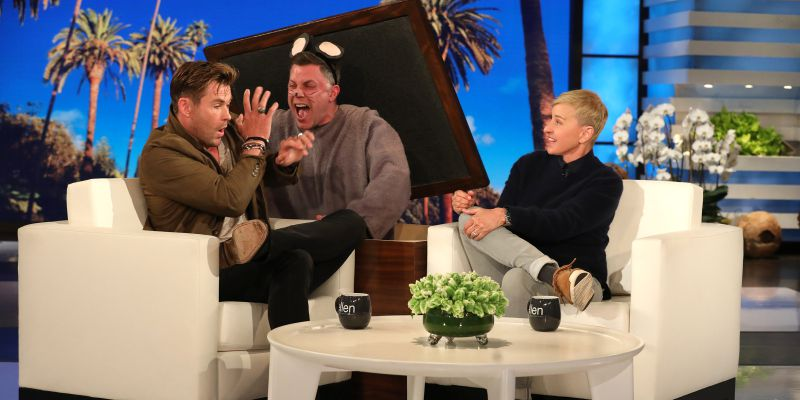 Ellen DeGeneres assusta Chris Hemsworth com