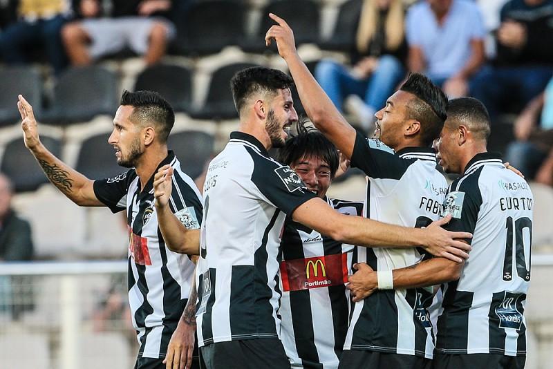 Portimonense goleou o Vitória de Setúbal em jogo de loucos - I Liga ... 61fd2a6cbeed8