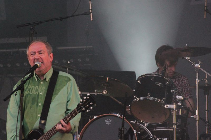 Morreu Pete Shelley, vocalista da banda Buzzcocks