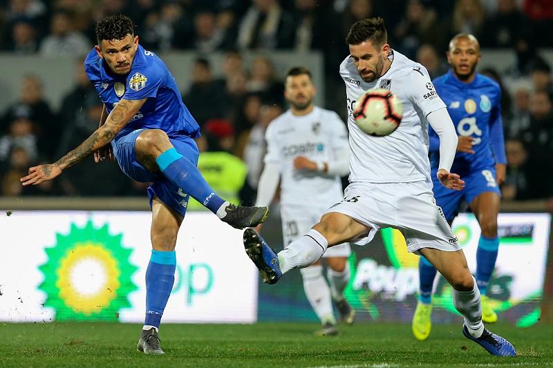 Vitória de Guimarães 0-0 FC Porto   Dragões  não vão além de um ... 409c534266ceb