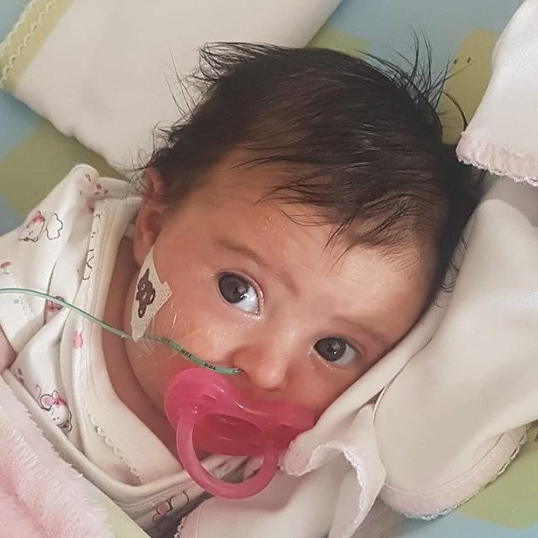 Resultado de imagem para Matilde e Natália. Bebés com doença rara iniciaram o tratamento inovador