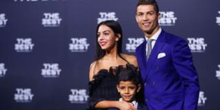 ad261602a898b Cristiano Ronaldo celebra aniversário da namorada