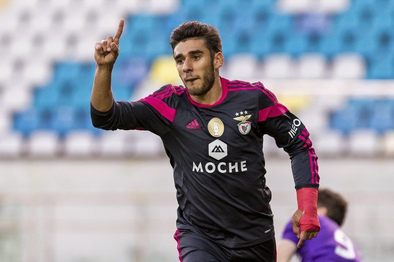 Maritimo vs Benfica • epa04567326 Benfica's Argentine midfielder Salvio  celebrates after scoring against Maritimo during Portuguese League football match Maritimo vs S.L. Benfica at Barreiros Stadium in Funchal, Portugal, on January  18, 2015.  EPA/GREGORIO CUNHA