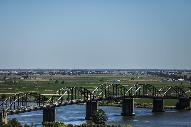 Resultado de imagem para Vila Franca de Xira: Bloco de Esquerda quer discutir nome da Ponte Marechal Carmona