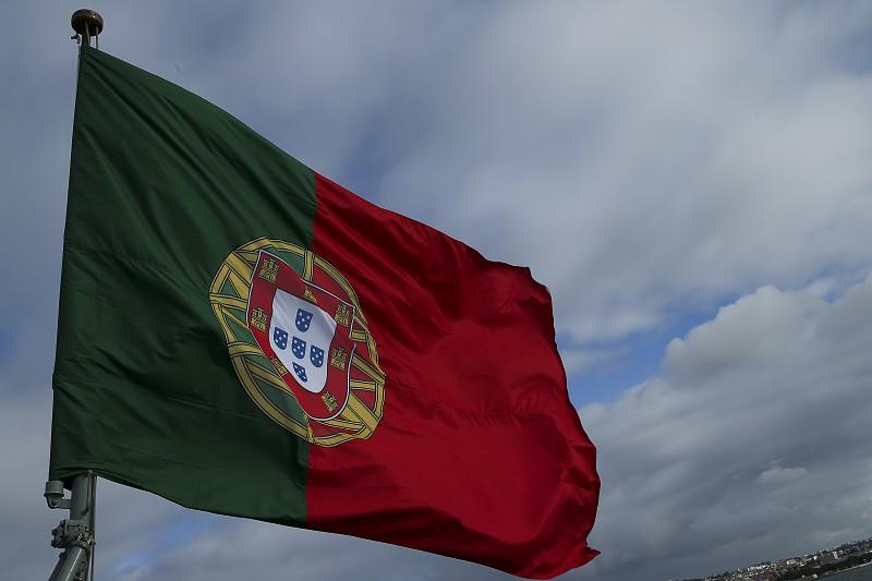 """Embaixadora: """"Portugal sente a morte de Dhlakama com consternação"""""""