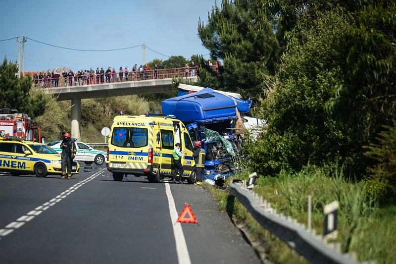 Resultado de imagem para Quase 260 mortos nas estradas nos primeiros sete meses do ano