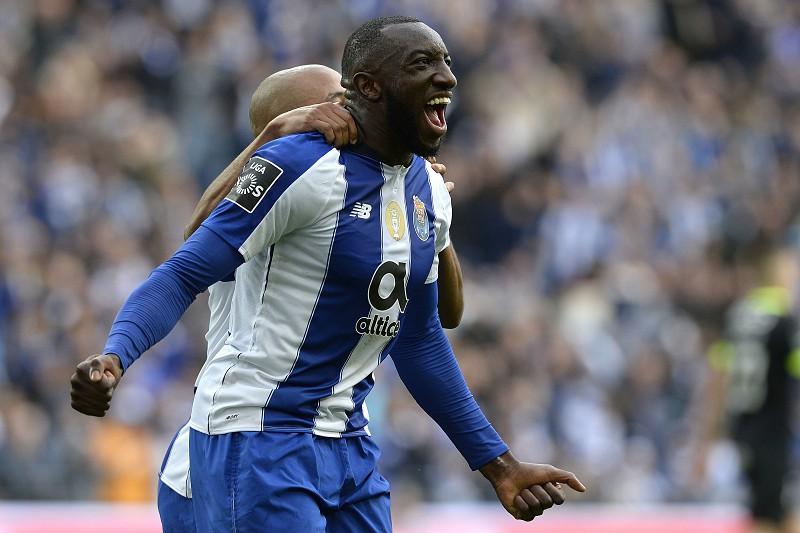 c404678768 FC Porto 2-1 Rio Ave. O Natal só tem uma cor  azul e branco - I Liga ...