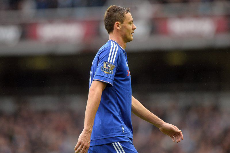 West Ham United vs Chelsea • epa04993383 Chelsea's Nemanja Matic leaves the pitch after being given a red card during the English Premier League soccer match between West Ham United and Chelsea at The Boleyn Ground in London, Britain, 24 October 2015.  EPA/HANNAH MCKAY EDITORIAL USE ONLY. No use with unauthorized audio, video, data, fixture lists, club/league logos or 'live' services. Online in-match use limited to 75 images, no video emulation. No use in betting, games or single club/league/player publications • Lusa