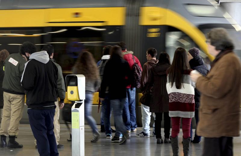 Utentes do Porto preocupados com capacidade de resposta dos operadores com passe único
