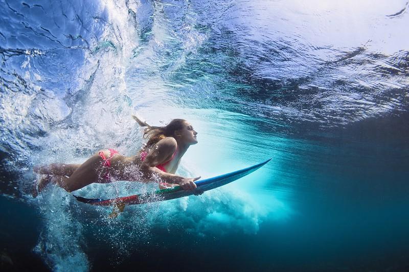 Pantai Tanjung Setia Dinobatkan Sebagai Lokasi Surfing Terbaik