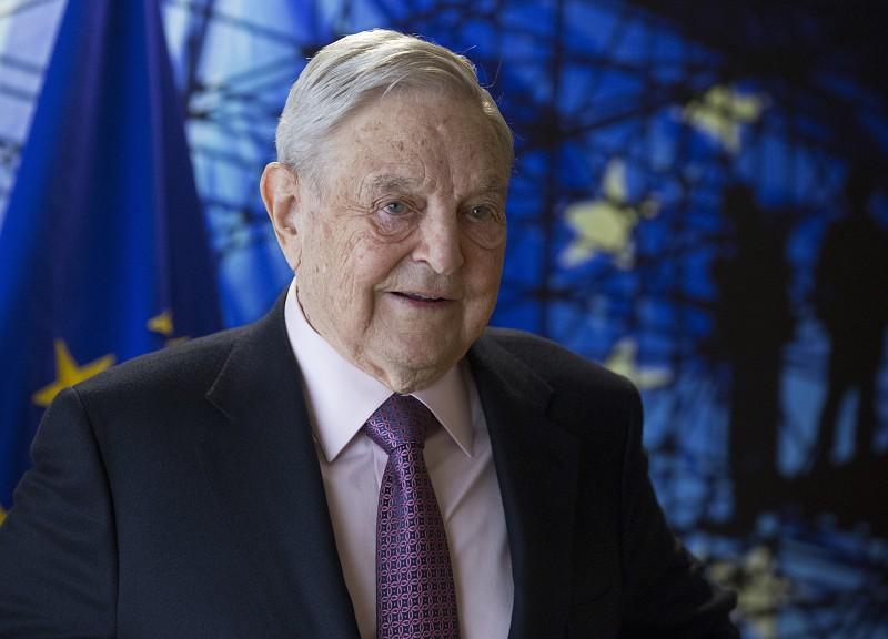 Resultado de imagem para Encontrado engenho explosivo em casa de milionário George Soros em Nova Iorque