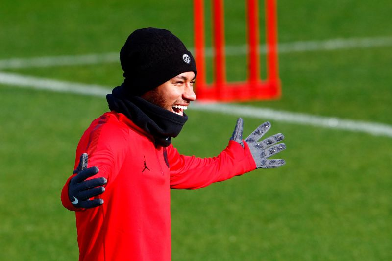 Neymar de volta aos treinos depois de mais de dois meses de fora por lesão