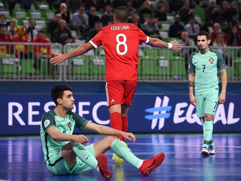 Euro Futsal: Éder Lima festeja golo da Rússia frente a Portugal