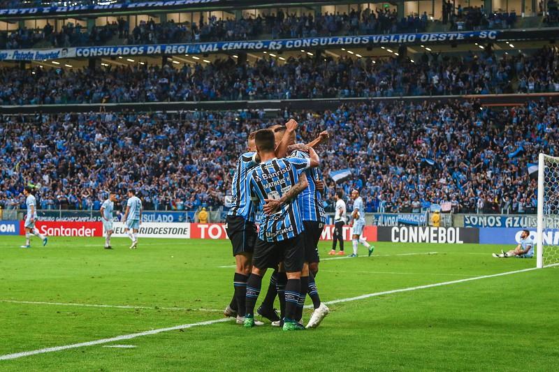 Grêmio e River Plater medem forças nas  meias  da Libertadores ... b16255bede9ea