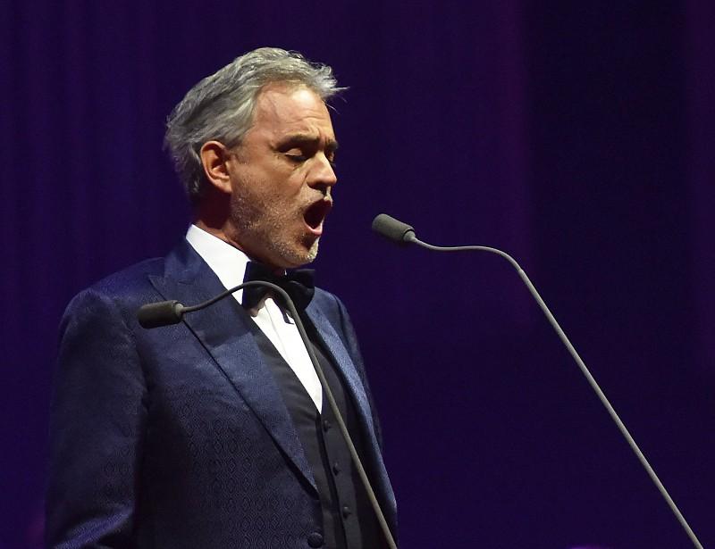 Resultado de imagem para Tenor italiano Andrea Bocelli em Fátima a 13 de maio