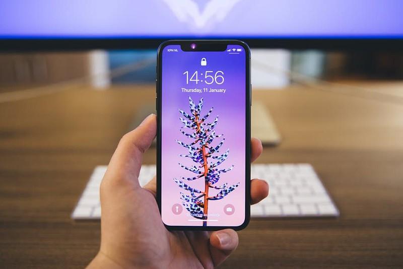 Leak: próximo iPhone poderá ter sistema de carregamento reversível