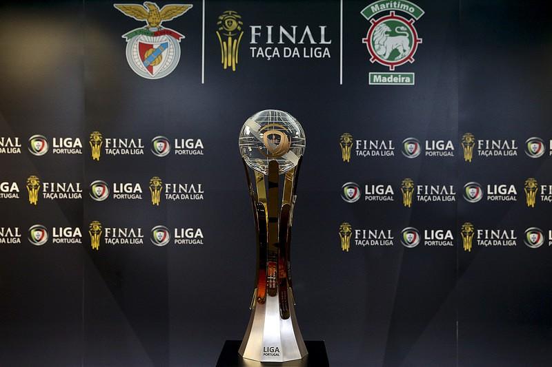 ce3fbbcf7 Benfica ameaça usar a equipa B na final da Taça da Liga - Taça da ...