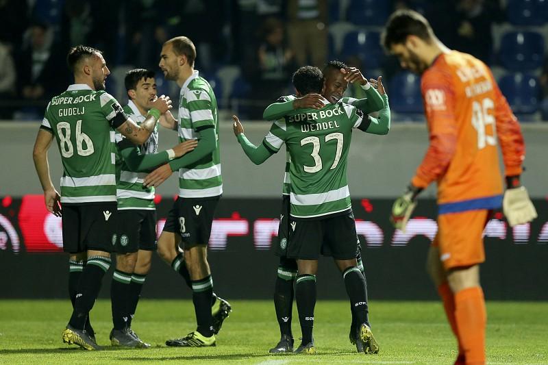 Sporting Feirense: Sporting Vence Feirense Com Bis De Bruno Fernandes E Volta