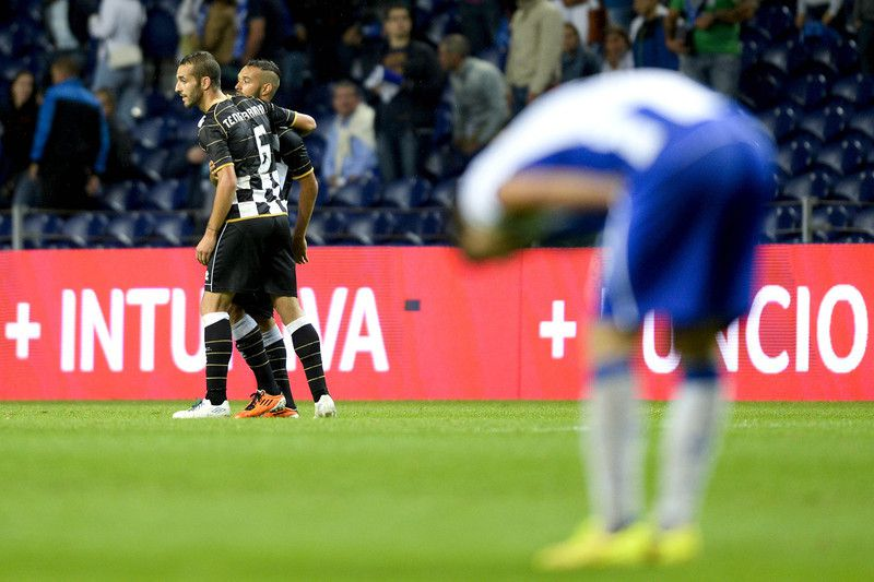 Boavista empata no Dragão • Players react after the end of their Portuguese First League soccer match between FC Porto and Boavista held at Dragao Stadium in Porto, Portugal, 21 September 2014.  • FERNANDO VELUDO / LUSA