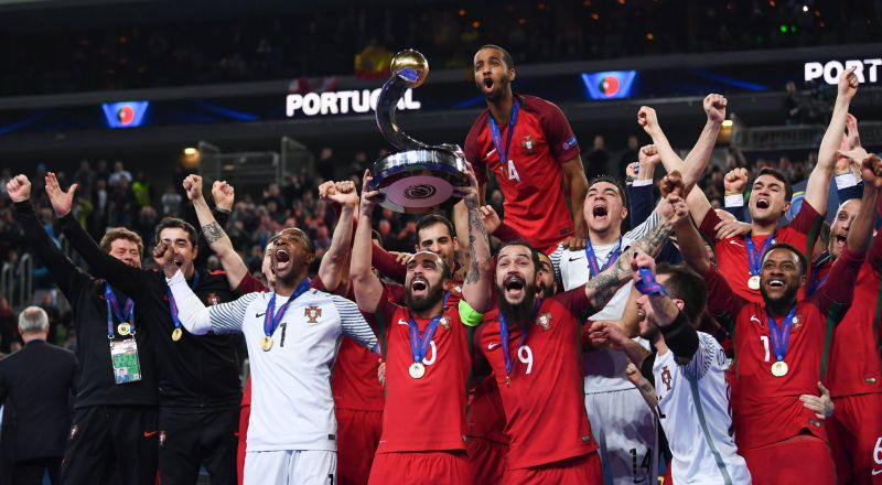 3529636e25 VÍDEO. Recorde os golos e melhores momentos do histórico título europeu de  Portugal no futsal