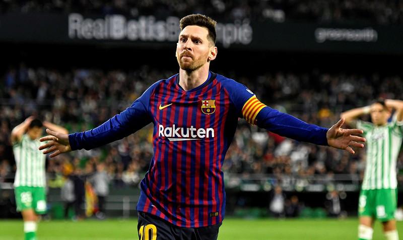Messi e a ovação dos adeptos do Bétis: