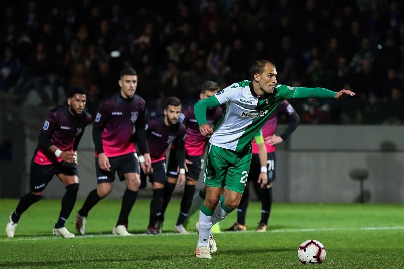 1847dd7011 Feirense e Sporting discutem última vaga nas meias-finais da Taça de  Portugal