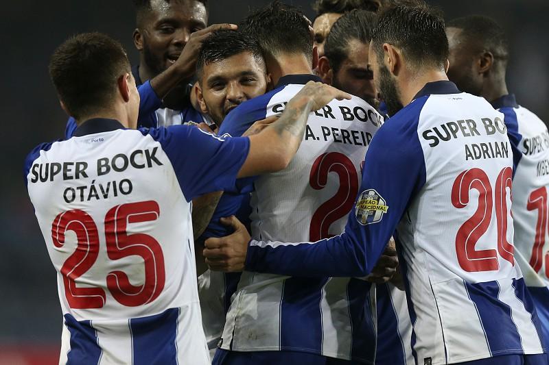 Resultado de imagem para FC Porto a um ponto dos oitavos