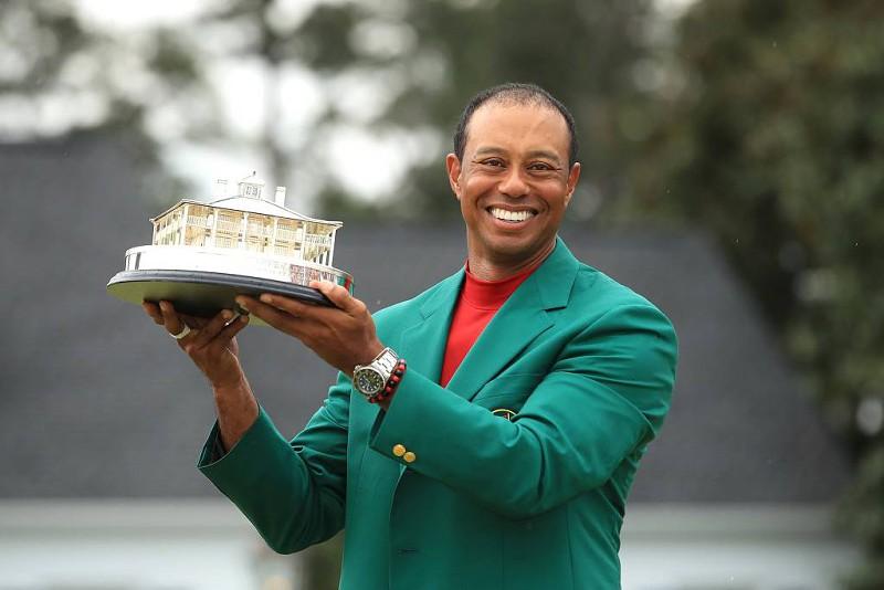Tiger Woods condecorado por Trump com a Medalha da Liberdade