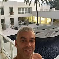 Sala de apresentadora brasileira dá que falar por ser gigantesca ... a6552a213b