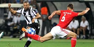 1e872e0a6ba91 Benfica vence na Grécia e apura-se para fase de grupos da Liga dos Campeões