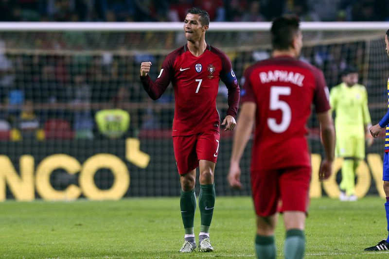 Portugal vs Andorra • Portugal´s Cristiano Ronaldo celebrates after scoring a goal against Andorra during their FIFA World Cup European Group B Qualifying soccer  match, held in Aveiro, Portugal, 7 October 2016. PAULO NOVAIS/LUSA • Lusa