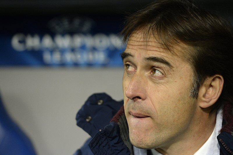 8feecd3d184140e00205184569b0d35576de4.jpg • epa04626166 Porto's Spanish head coach Julen Lopetegui during an UEFA Champions League round of sixteen first leg soccer match between Switzerland's FC Basel 1893 and Portugal's FC Porto in the St. Jakob-Park stadium in Basel, Switzerland, on Wednesday, 18 February  2015.  EPA/GEORGIOS KEFALAS • Dr