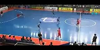 O ala internacional português Ricardinho foi hoje eleito o melhor jogador  de futsal do mundo 8fd49a4592d6d