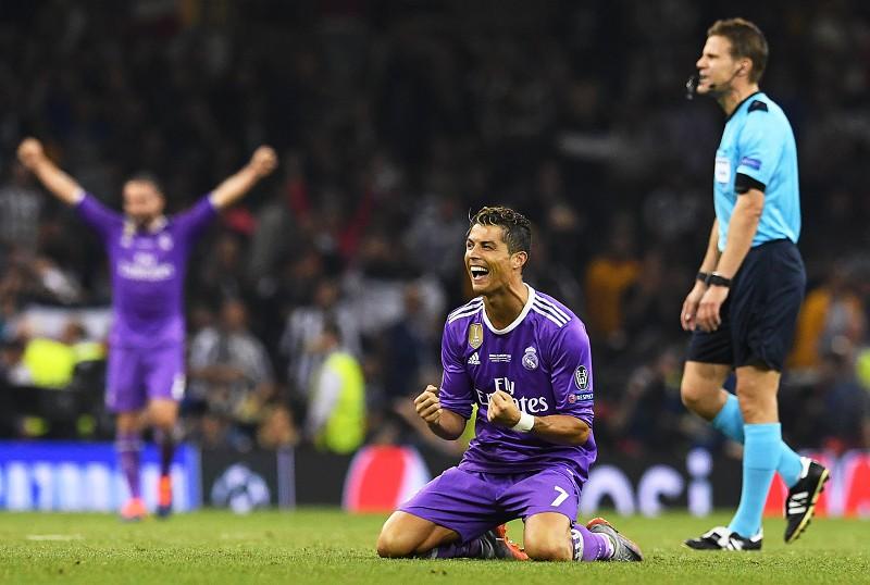 644d3d16a6 Ronaldo ultrapassa Eusébio e é o primeiro a marcar em três finais da   Champions