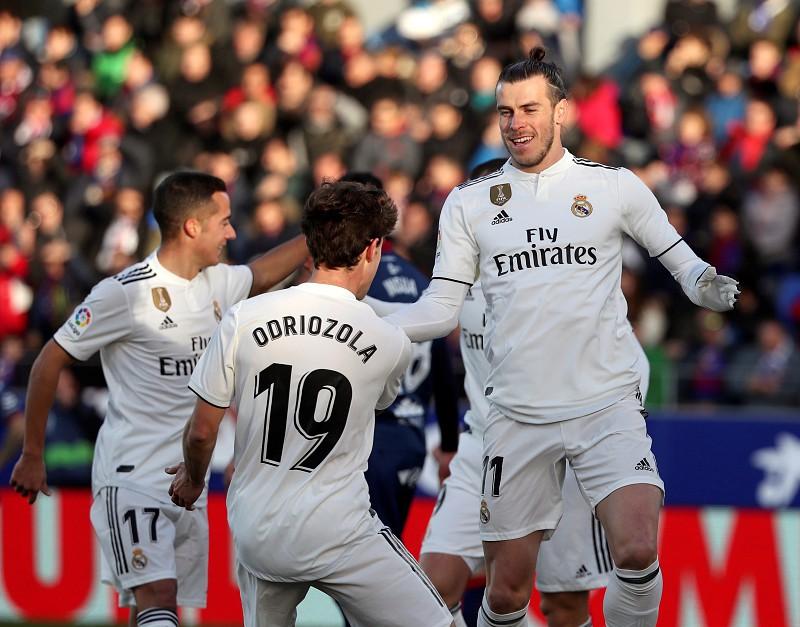 Real Madrid já só pensa no Mundial de Clubes. Confira os convocados ... 2e2aa6f0f3a69