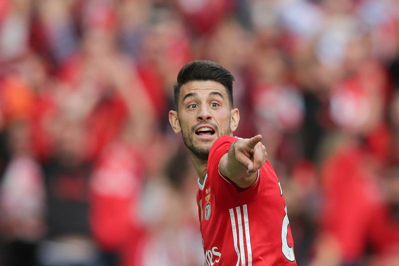 Benfica vs Vitoria de Guimaraes • Benfica's player Pizzi jubilating after scoring a goal against Vitoria Guimaraes during their Portuguese First League soccer match played at Luz stadium in Lisbon, Portugal, 13th May 2017. TIAGO PETINGA/LUSA • © 2017 LUSA - Agência de Notícias de Portugal, S.A.