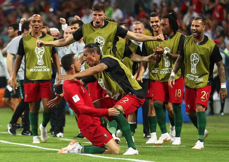 Cristiano Ronaldo festeja o segundo golo LUSA. A seleção portuguesa de  futebol ... 60f7e51ce278c