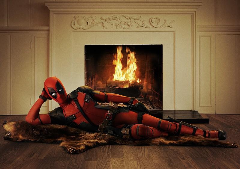 Ryan Reynolds dá os parabéns aos Vingadores... à maneira de Deadpool