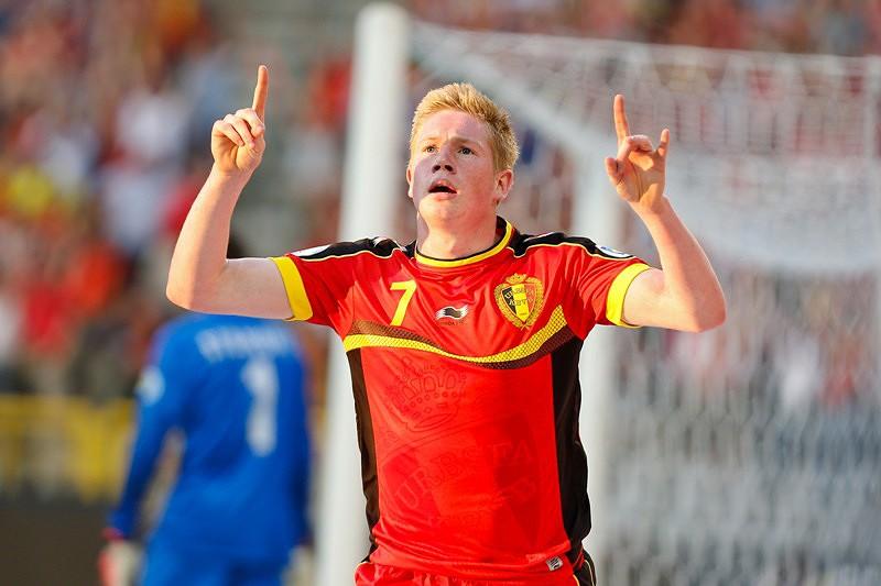 Kevin de Bruyne disputado por Barcelona e Dortmund - BundesLiga ... 696bb2cca02d8