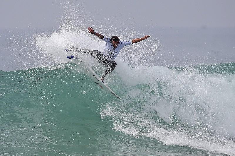 Circuito Mundial De Surf : Surf vasco ribeiro falha apuramento para o circuito